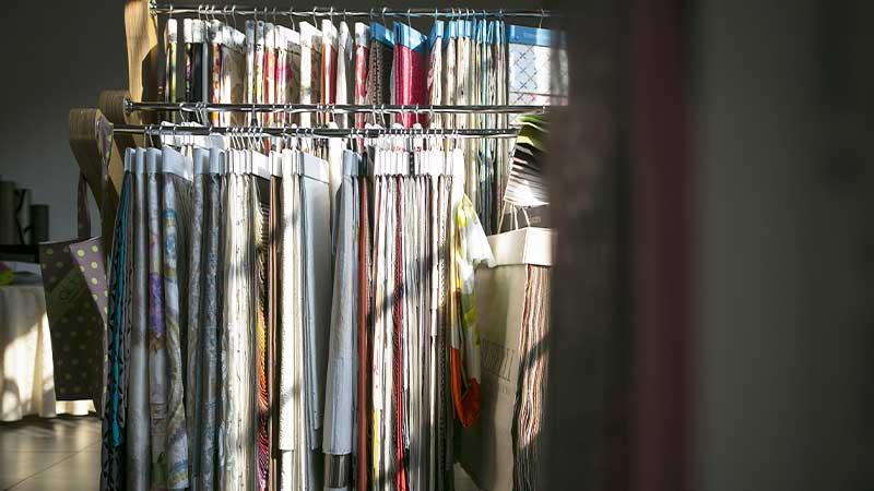 aldo verdi milano showroom carte da parati tendaggi tessuti arredamento